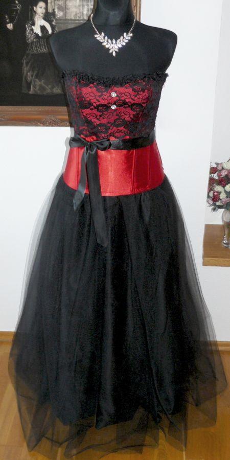 3cda5b189680 plesové šaty » skladem plesové » do 5000Kč · plesové šaty » skladem plesové  » černá · plesové šaty » skladem plesové » červená